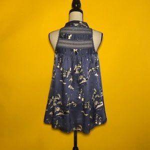 LAROK silk sleeveless top with two pockets